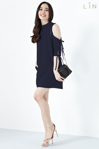 Twenty3 - Ruth Ribbon Cold Shoulder Sleeves Shift Dress in Navy Blue -  - Dresses - 1