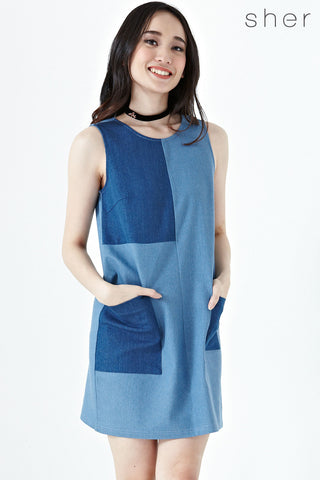 Brynn Colour Block Shift dress in Light Denim - Dresses - Twenty3
