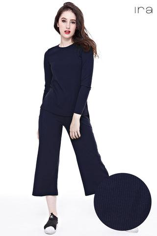 Kaila Knitted Culottes in Navy Blue - Bottoms - Twenty3