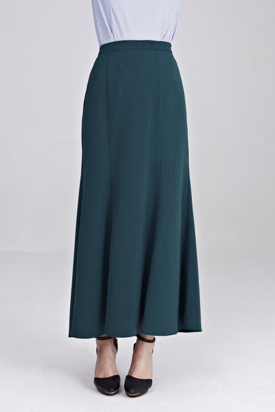 Zira Maxi Skirt in Emerald Green