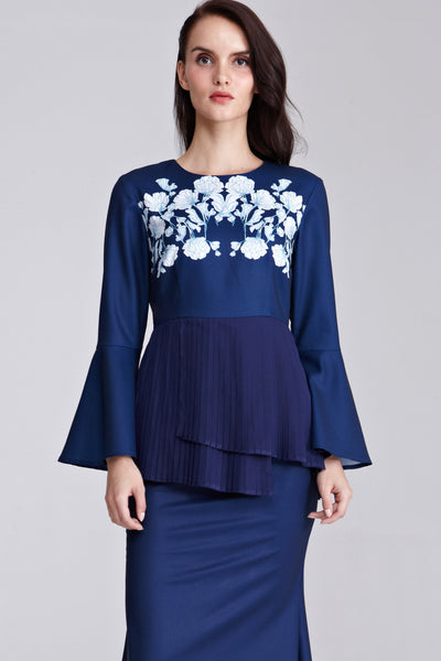 Mireya Pleated Peplum Top with Placement Floral Print in Navy Blue