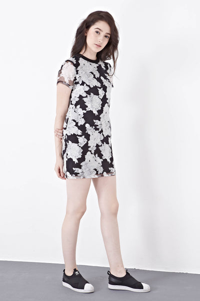 Twenty3 - Maddy Printed Organza Shift Dress in Floral Prints -  - Dresses - 1