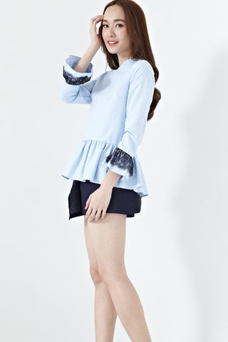 Faranda Bell Sleeve Top in Light Blue