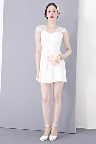 Josette Dress in White - Dresses - Twenty3
