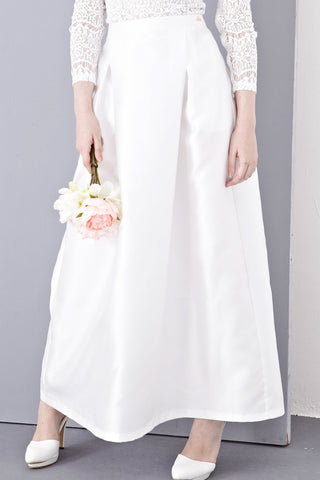 Cloe Maxi Skirt in White - Bottoms - Twenty3