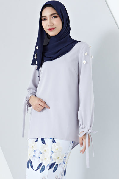 Aada Ribbon Sleeve Detail Top with Floral Embellishments in Dusty Lilac