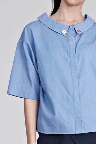 Athen Oversized Top with Lapel Pins in Denim