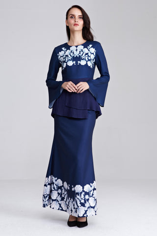Mireya Maxi Skirt with Placement Floral Print in Navy Blue