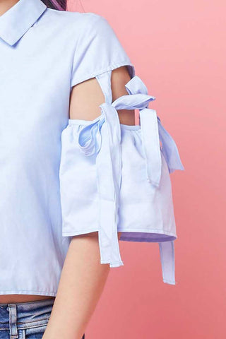 Elvia Short Sleeve Top with Ribbon details in Light Blue