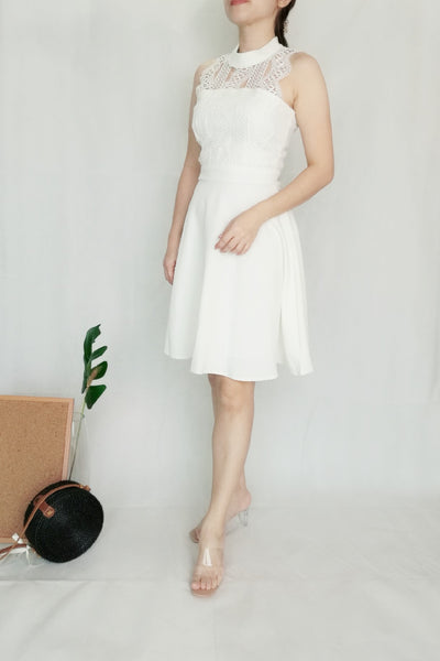 Upper Hollow-Carved Classic White Dinner Dress