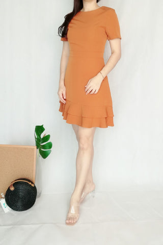 Crew Neckline Midi Dress in Orange Brown