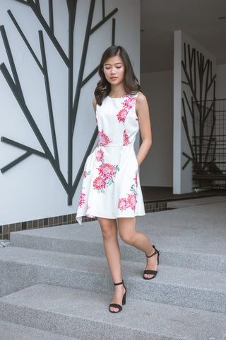 Twenty3 - Dionne Asymmetrical Hemline Skater Dress in Edith Prints -  - Dresses - 1