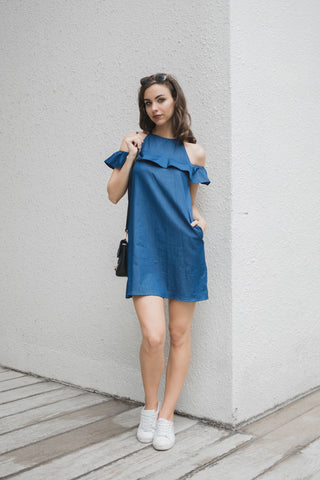 Daphy Ruffle Cold Shoulder Shift Dress in Dark Denim