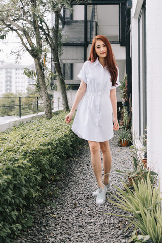Daenerys Short Sleeves Sheath Dress in White