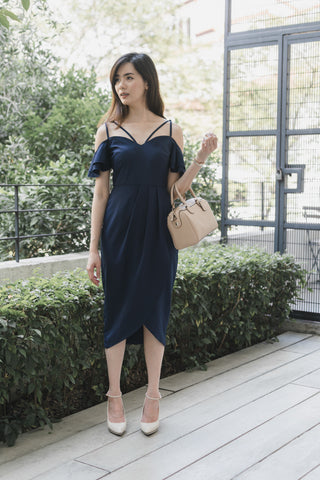 Colcy Cold Shoulder Sleeves Dress in Navy Blue