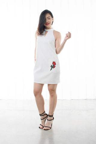 Twenty3 - Pandora Choker Neckline Shift Dress with Embroidery in White -  - Dresses - 1