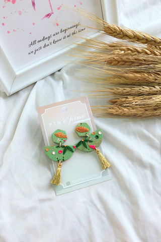 [HANDCRAFTED] Clay Tassel Earrings Light Green
