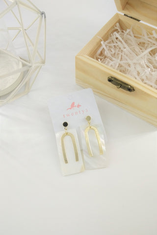 Short U Plate Earrings