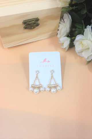 3 Pearls Triangle Earrings