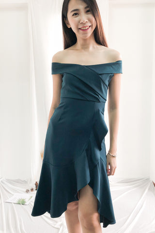 Kathryn Aysmmetrical Fish Tail Dress in Emerald