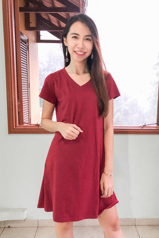 Mila Shift Dress in Burgundy