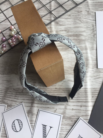 Knot Headband Gray