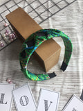 Fashion Cross Headband Green