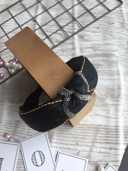 Korean Style Knotted Temperament Headband Black