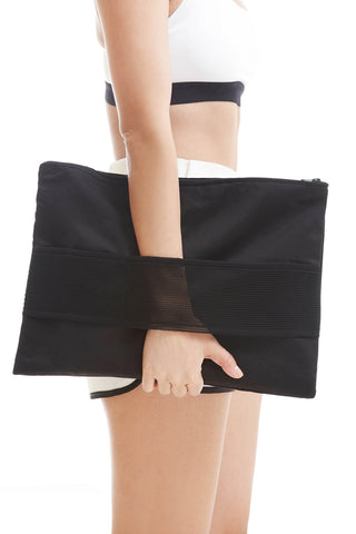 Nova Pouch in Black - Accessories - Twenty3