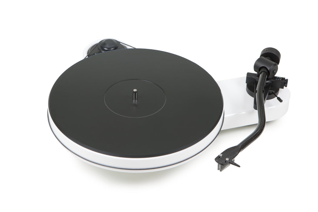 Pro-Ject RPM 3 Carbon Manual Turntable With 10'' Carbon Tonearm - Yorkshire AV LTD