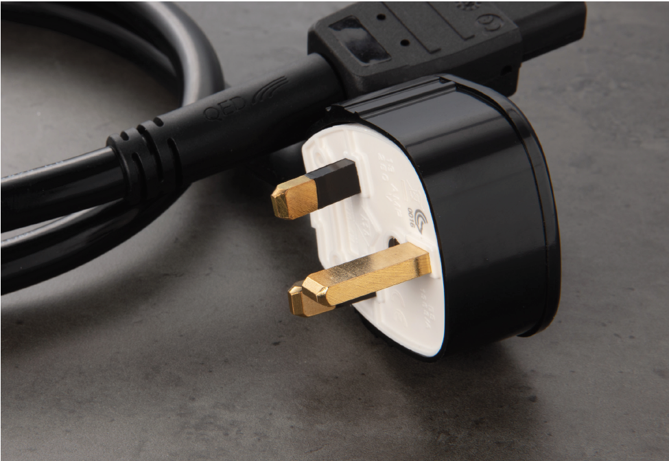 NEW: QED XT5 Power Cable - Yorkshire AV LTD