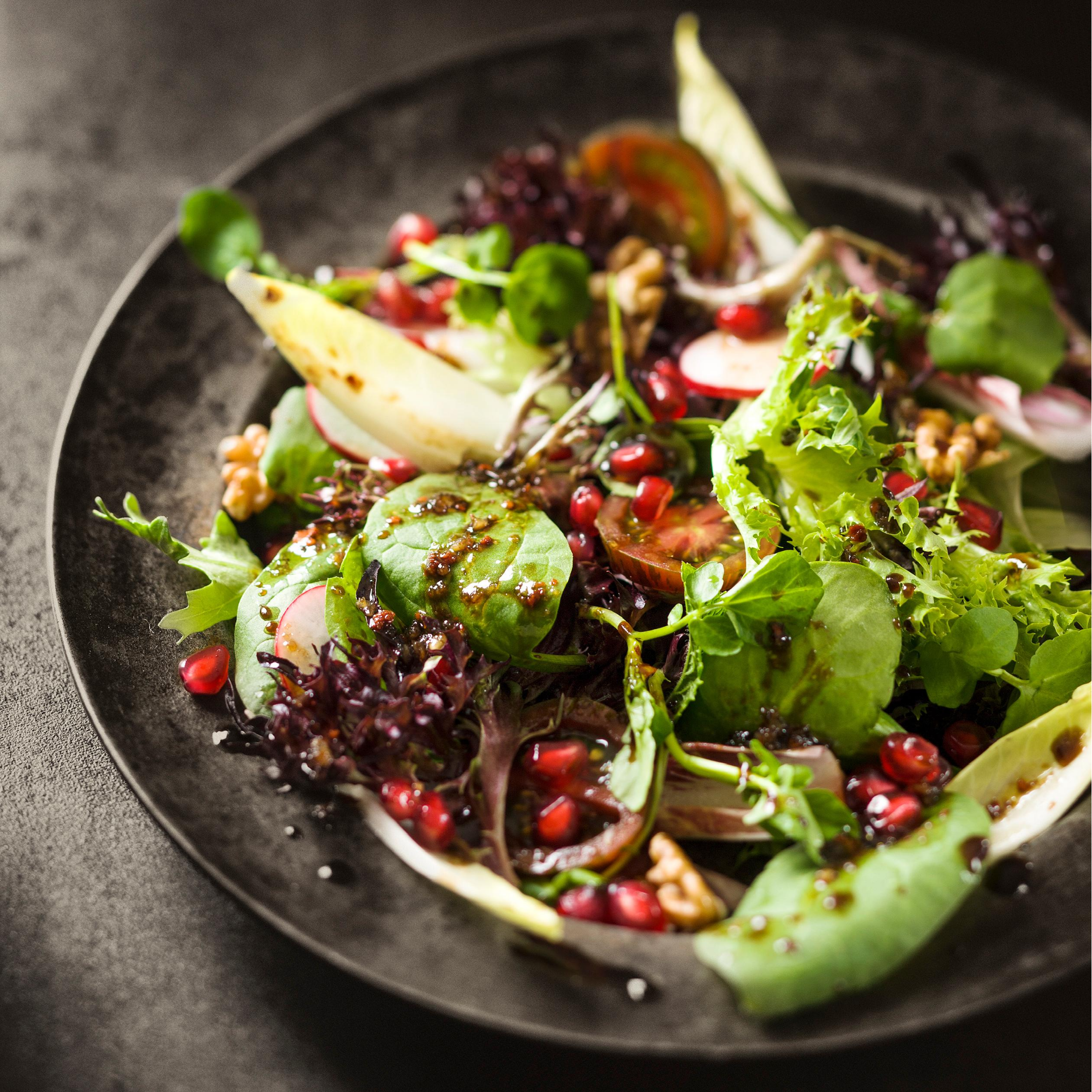 Pomegranate and Walnut Salad Recipe