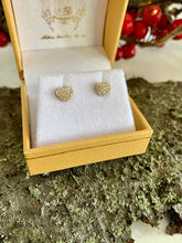 Load image into Gallery viewer, Sweetheart Earrings