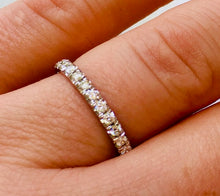Load image into Gallery viewer, Ladies wedding band - the Esme band