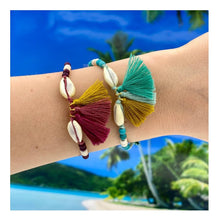 """Load the picture into the gallery viewer, bracelet """"Kauri Shell"""""""