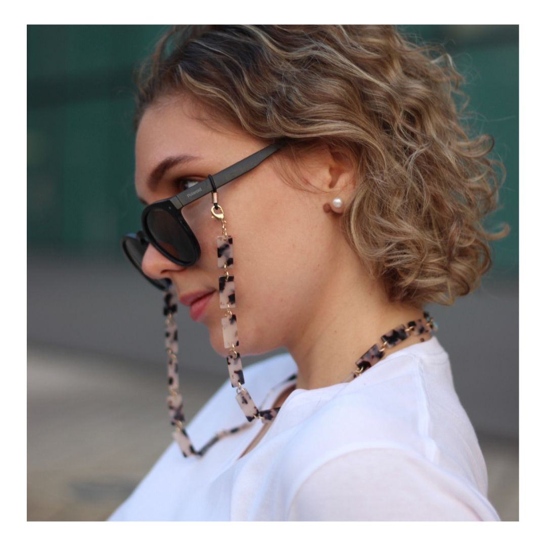 3-in-1 glasses and mask chain