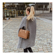 """Load the picture into the gallery viewer, shoulder bag """"London Streets"""""""