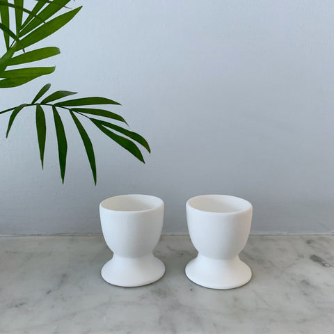 2 Egg Cups