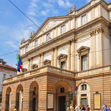 Load image into Gallery viewer, Teatro La Scala Mailand Aussen in Milano