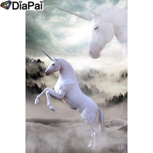 Load image into Gallery viewer, Diamond Painting Animal white unicorns