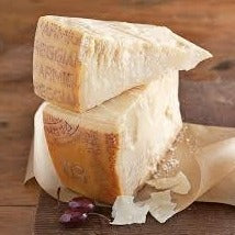 Parmigiano Reggiano DOP Cheese 12 months aging  (200g)