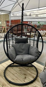 London Wicker Hanging Egg Chair