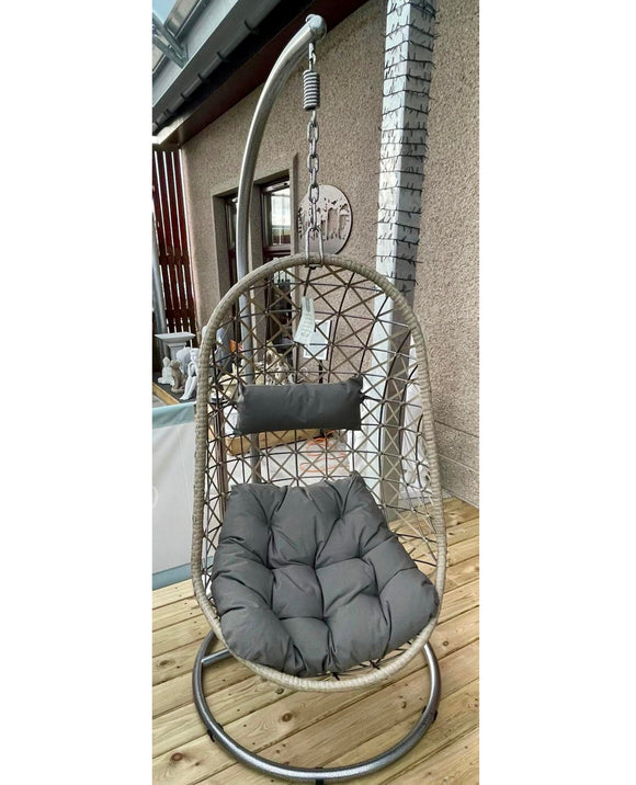 Bologna Wicker Hanging Egg Chair