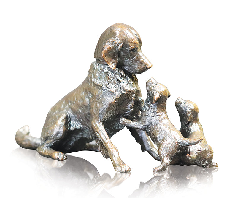 bronze sculpture retriever mother with two puppies