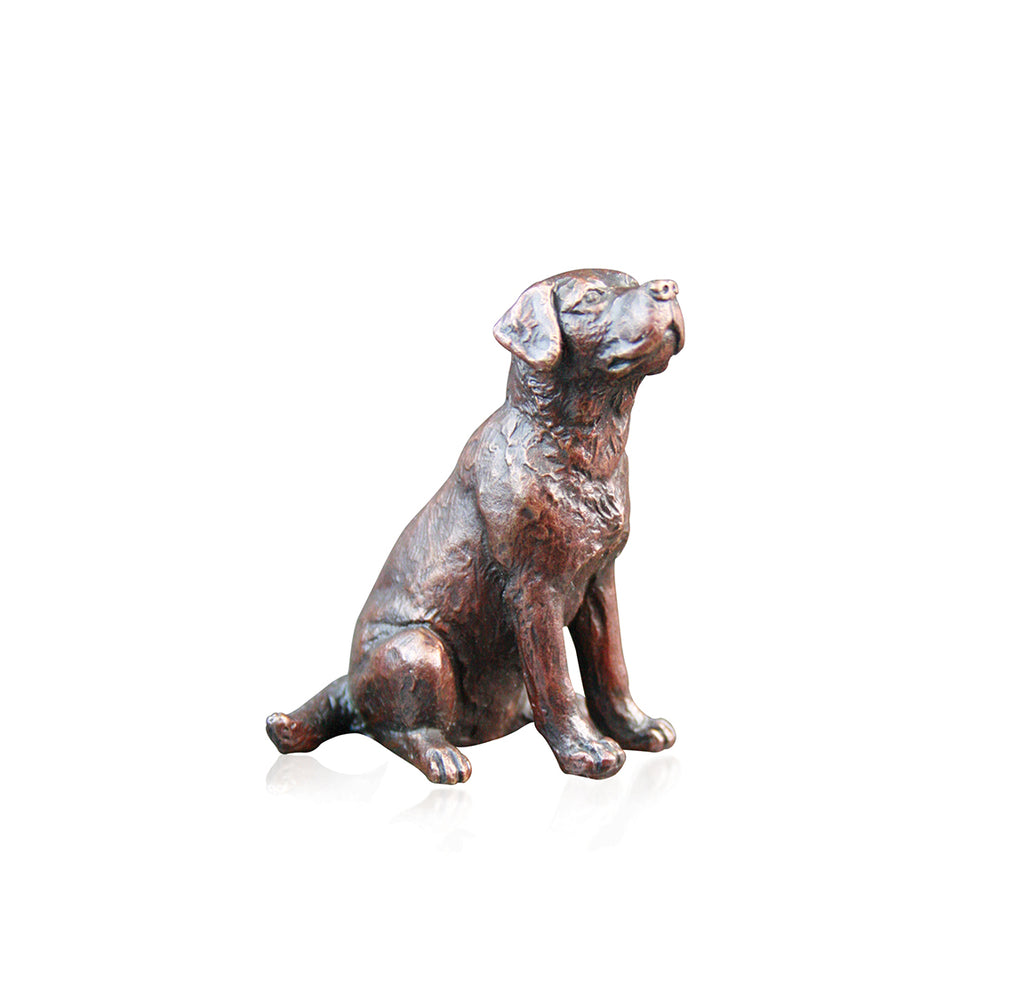labrador dog sitting bronze sculpture
