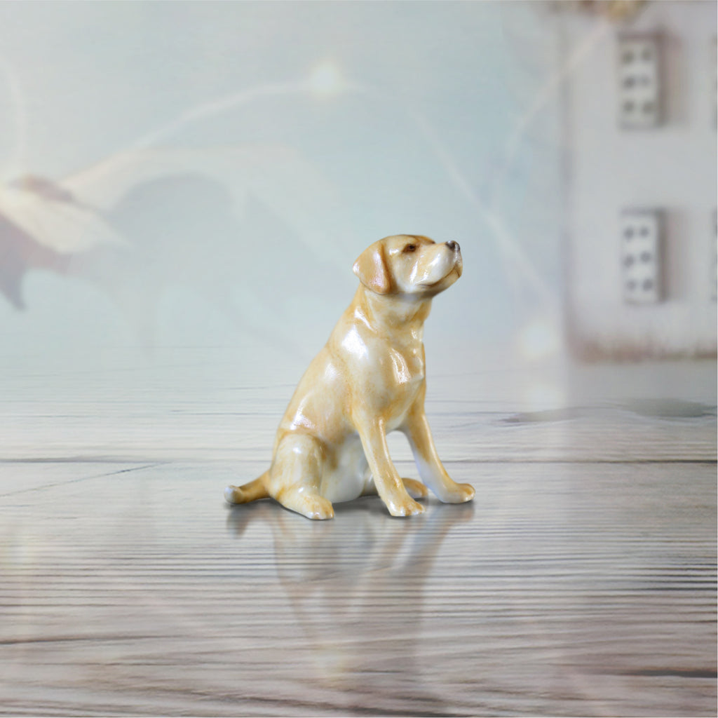 hand painted bone china yellow labrador dog sitting gift figurine