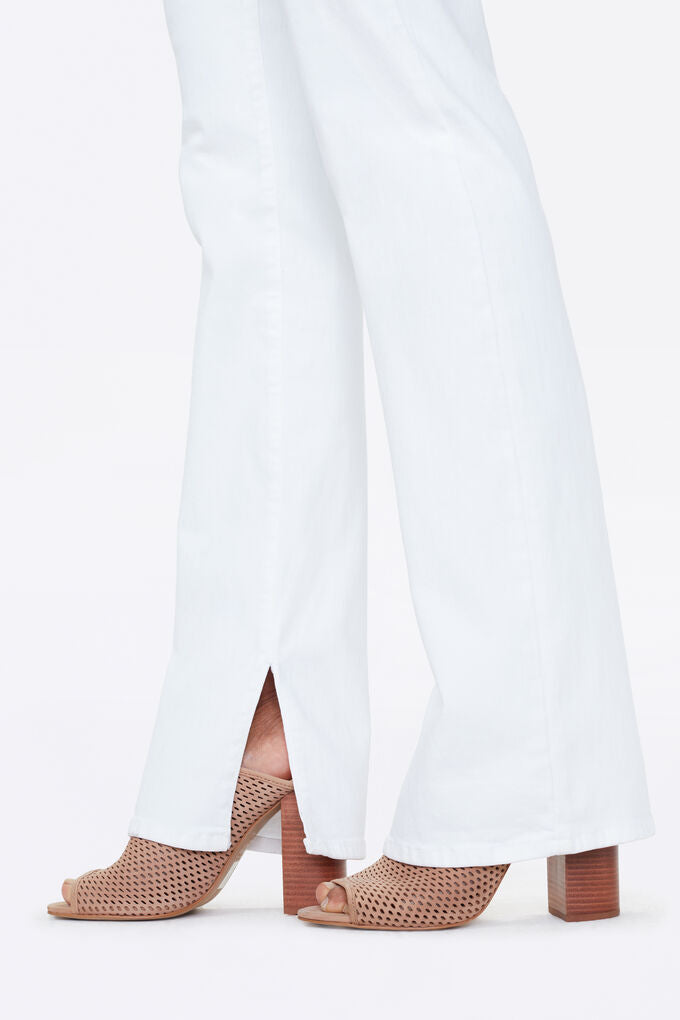 Marilyn Straight Jeans With 6 Inch Inseam Slits
