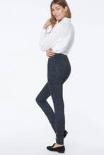 Load image into Gallery viewer, Forever Slimming Leggings