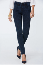Load image into Gallery viewer, Alina Skinny Jeans