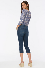 Load image into Gallery viewer, Chloe Capri Jeans  With Side Zippers